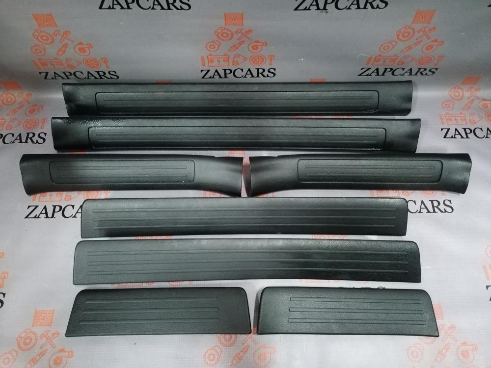 Накладка на порог Mazda 3 BL (б/у)