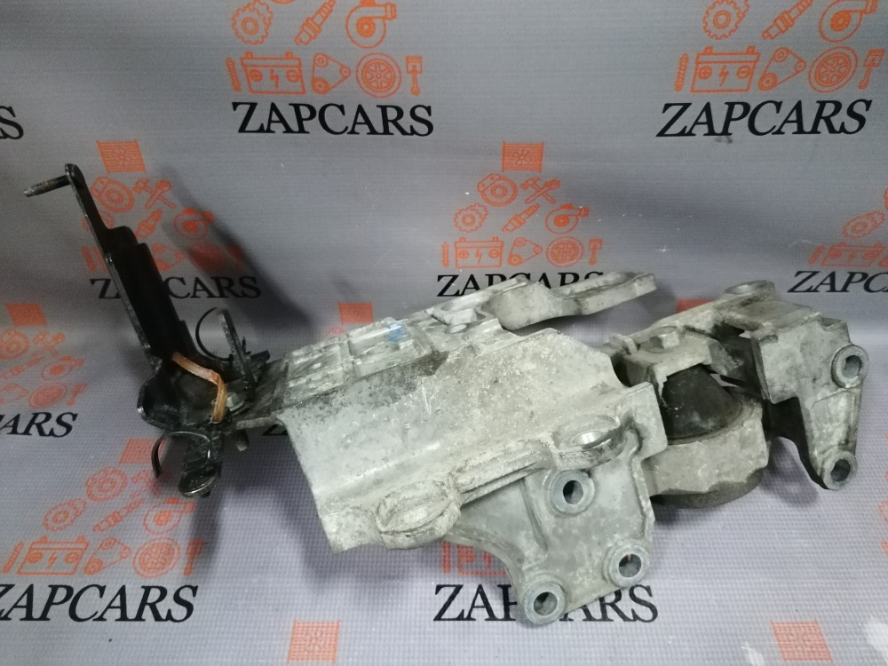 Подушка двигателя Nissan Qashqai J10 2.0 левая (б/у)