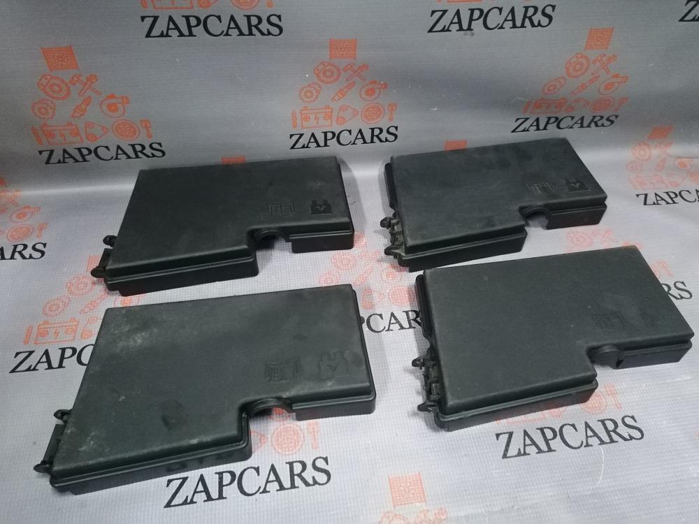 Крышка блока предохранителей Mazda 3 BK (б/у)