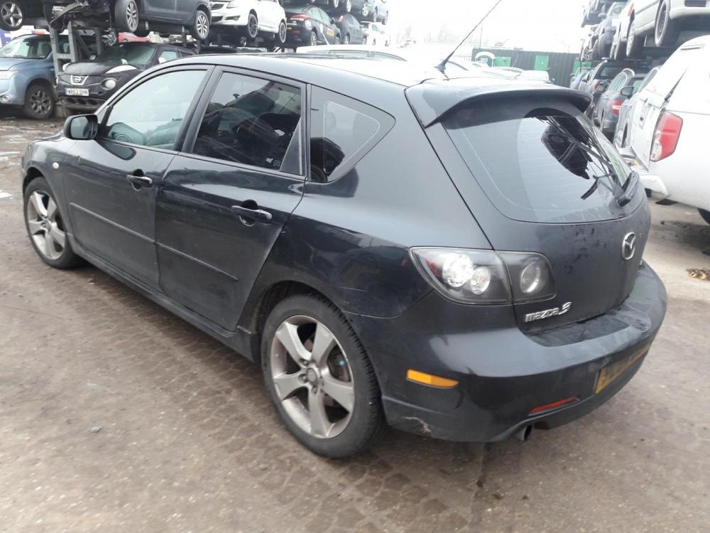 Автомобиль Mazda 3 BK в разбор