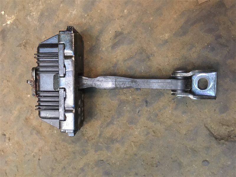 Ограничитель двери Bmw X5 (E 53) E53 M62B44TU 2000 передний (б/у)
