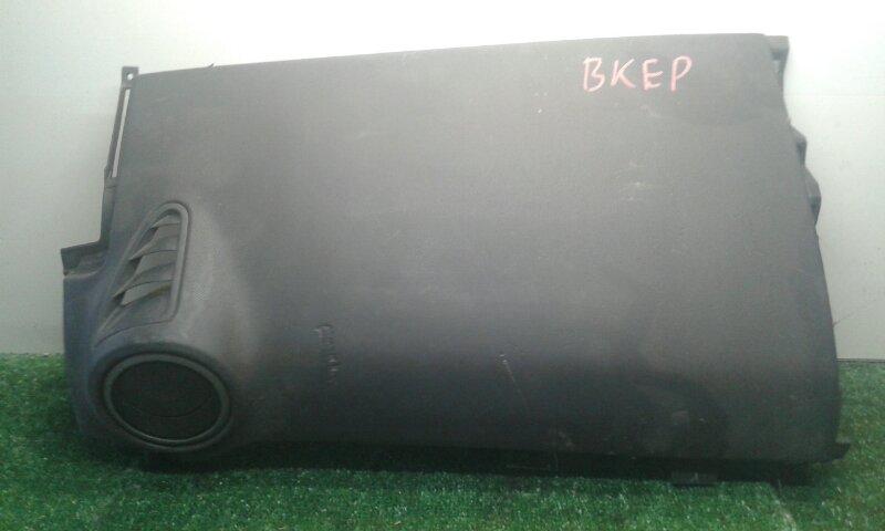 Airbag пассажирский Mazda Axela BK3P ZY-VE 2003 (б/у)
