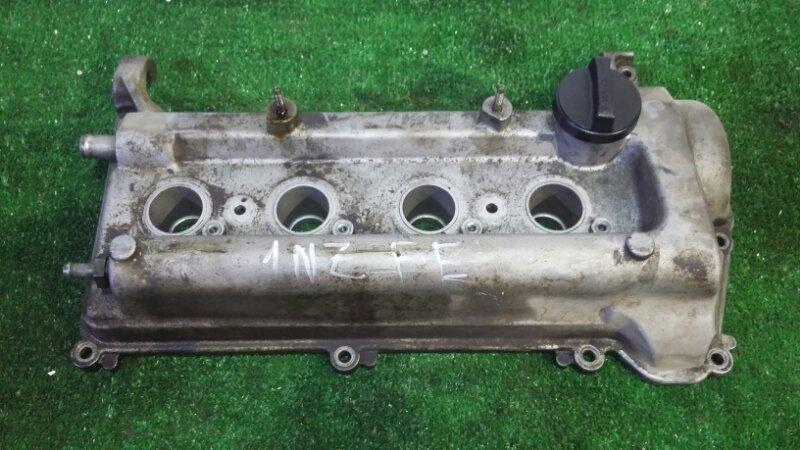 Клапанная крышка Toyota Corolla Axio NZE121 1NZ-FE 2000 (б/у)
