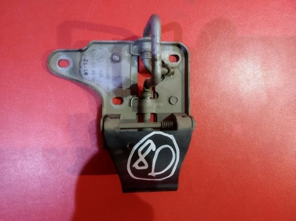 Крючок капота Skoda Octavia 5E3 ATD 2012 передний (б/у)