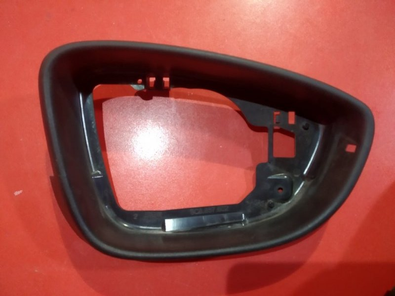Накладка зеркала Volkswagen Passat B7 362 BLS 2010 передняя правая (б/у)