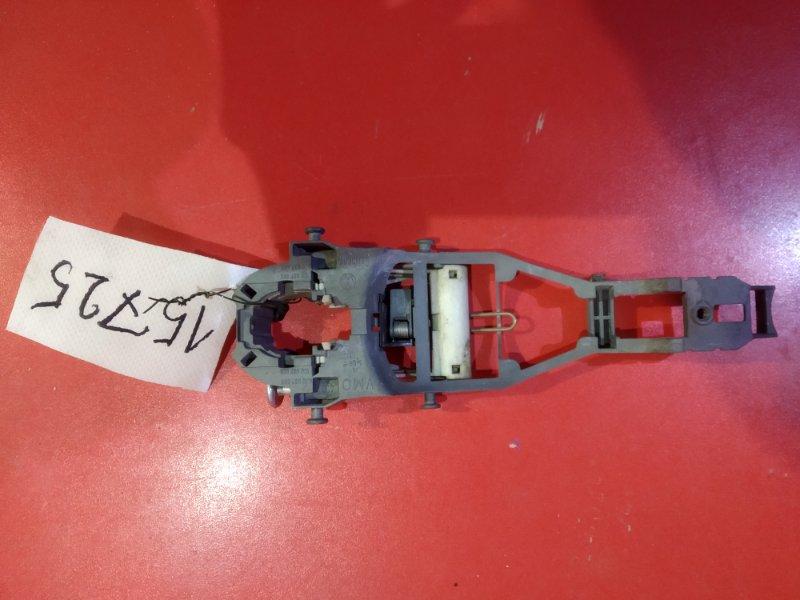 Кронштейн ручки Skoda Fabia 542 AXR 2007 передний левый (б/у)
