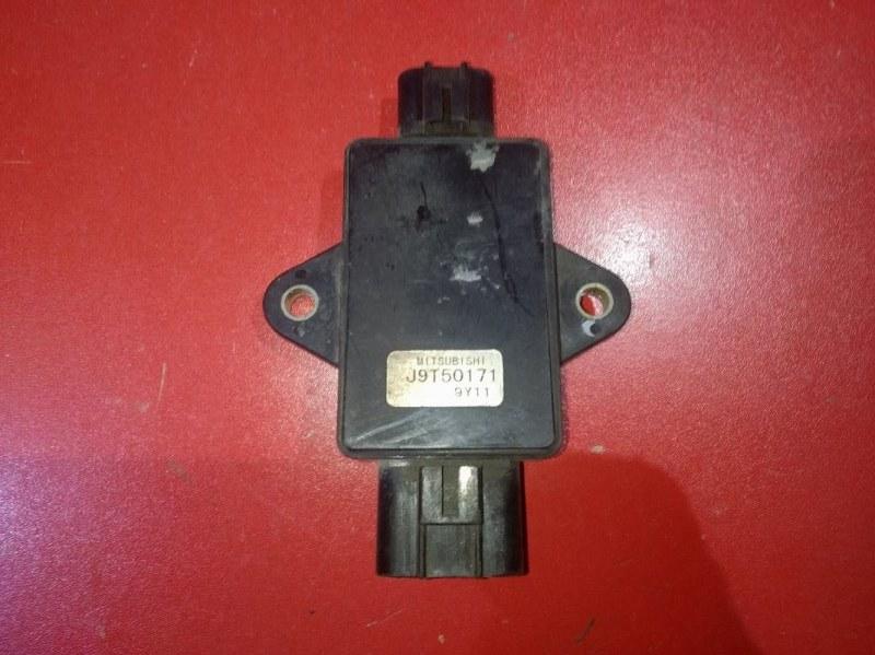 Блок управления вентилятором Mitsubishi Pajero Mini H53A 4A30 1998 (б/у)