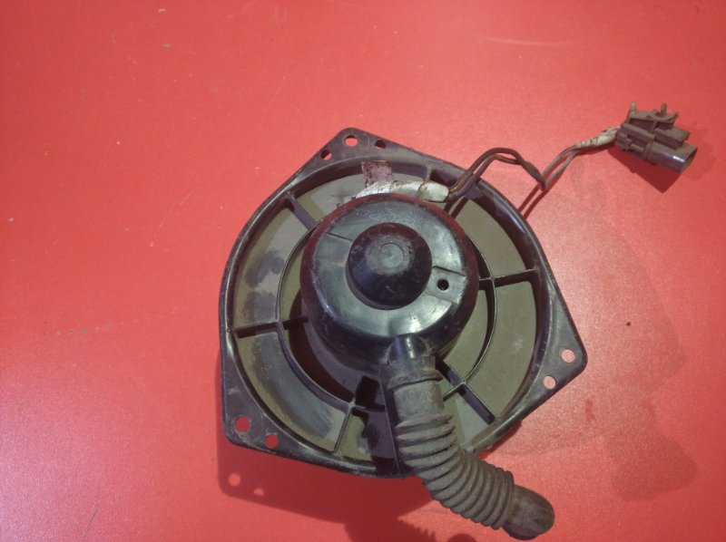 Мотор печки Nissan Serena KAJC23 CD20T 1994 (б/у)