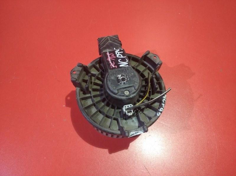 Мотор печки Toyota Vitz NCP95 1KR-FE 2005 (б/у)