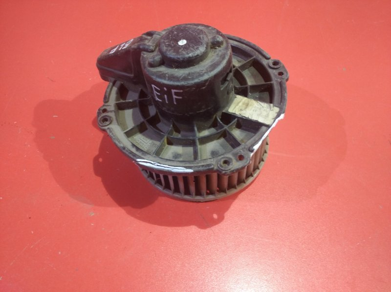 Мотор печки Isuzu Elf NKR66 (б/у)