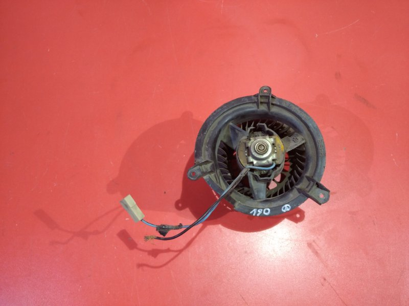 Мотор печки Mercedes-Benz 190 W201.022 M 102 V 20 1982 (б/у)