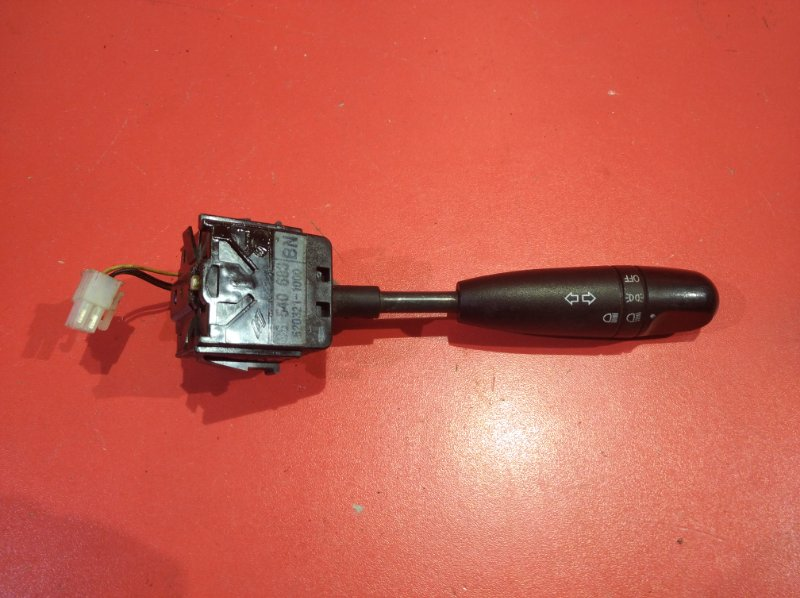 Переключатель поворотов Chevrolet Aveo T250 F14D3 2007 (б/у)