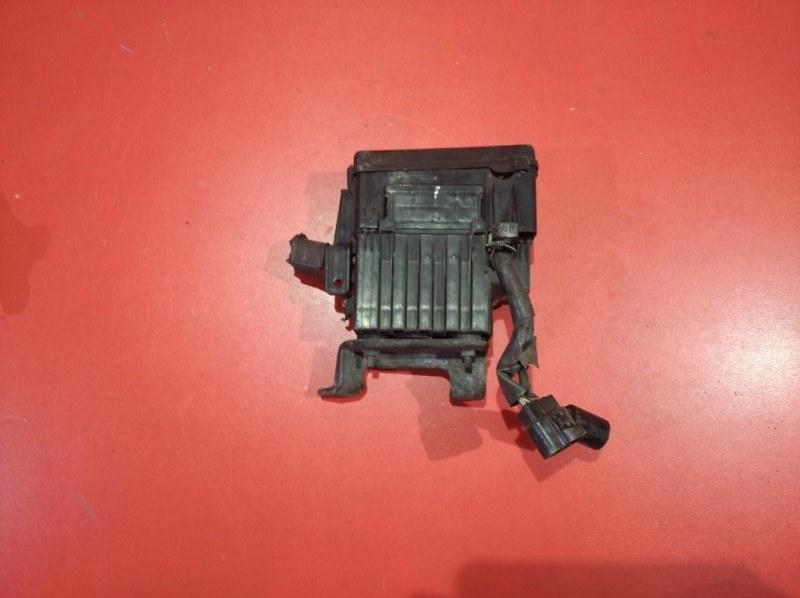 Блок предохранителей Toyota Estima ACR30W 2AZ-FXE 2000 (б/у)