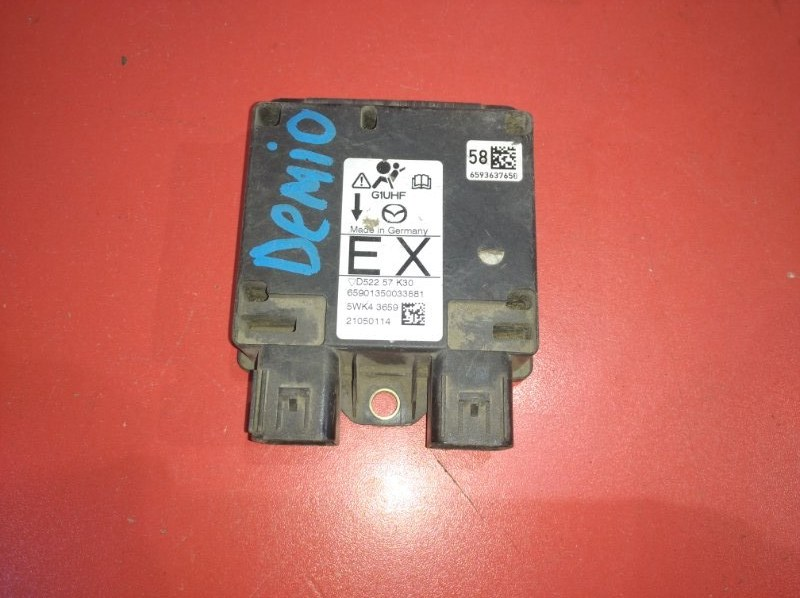 Блок управления airbag Mazda Demio DY (б/у)