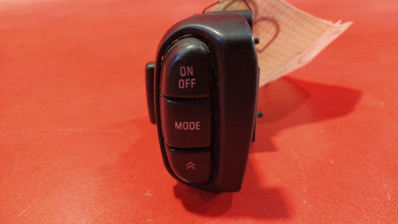 Кнопки управления аудио на руле Nissan Cefiro A32 VQ20DE 1994 (б/у)