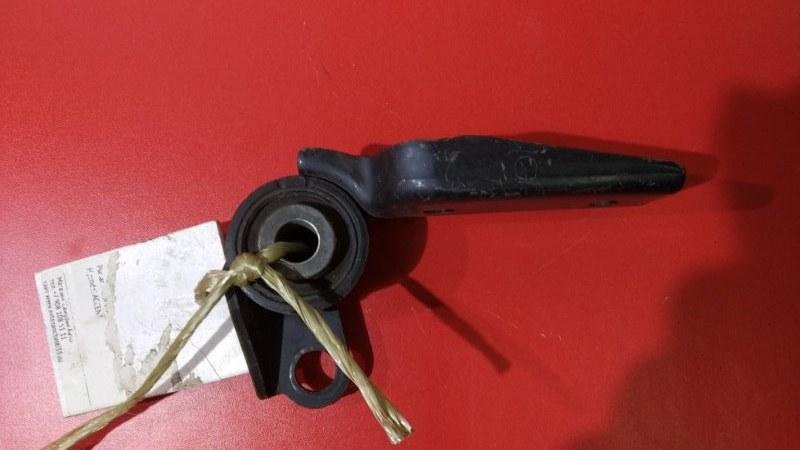 Подушка двигателя Toyota Vitz KSP90 1KRFE 2005 задняя (б/у)