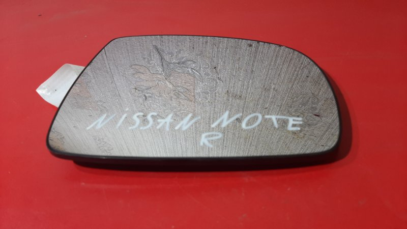 Стекло зеркала заднего вида Nissan Note E12 CR14DE 2012 правое (б/у)