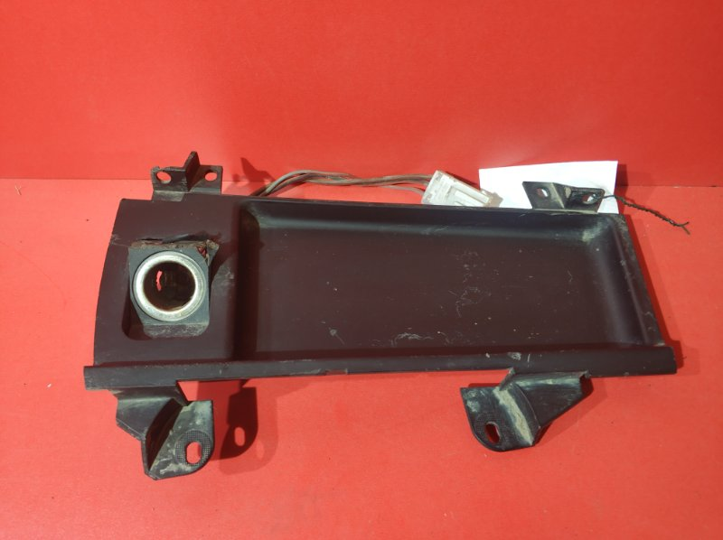 Панель прикуривателя Bmw 5-Series E39 M47D20 1995 (б/у)