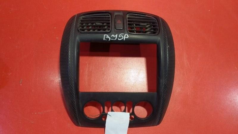 Накладка центральной консоли Mazda Familia BJ5W ZLVE 1998 (б/у)