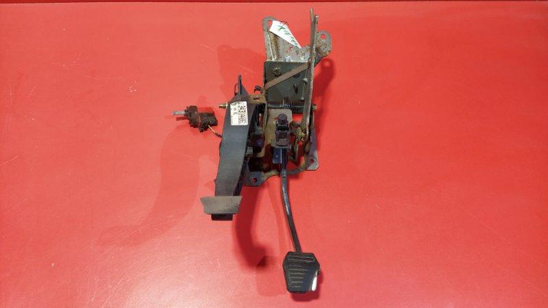 Педаль тормоза Ford Mondeo B4Y CJBA 2000 (б/у)