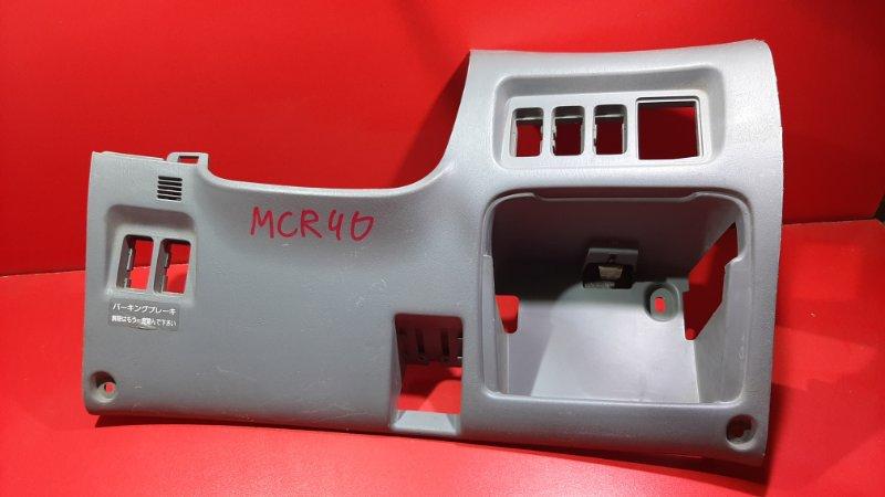 Накладка под руль Toyota Estima ACR30 1CDFTV 2000 (б/у)