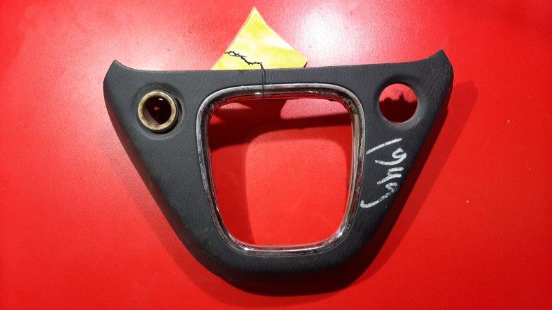 Накладка на панель кпп Honda Stream RN2 K20A 2003 (б/у)