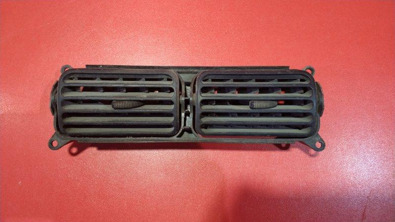 Дефлектор Suzuki Escudo TD02W G16A 1997 (б/у)