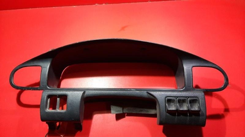 Накладка на панель приборов Nissan Avenir PNW11 QG18DE 1998 (б/у)
