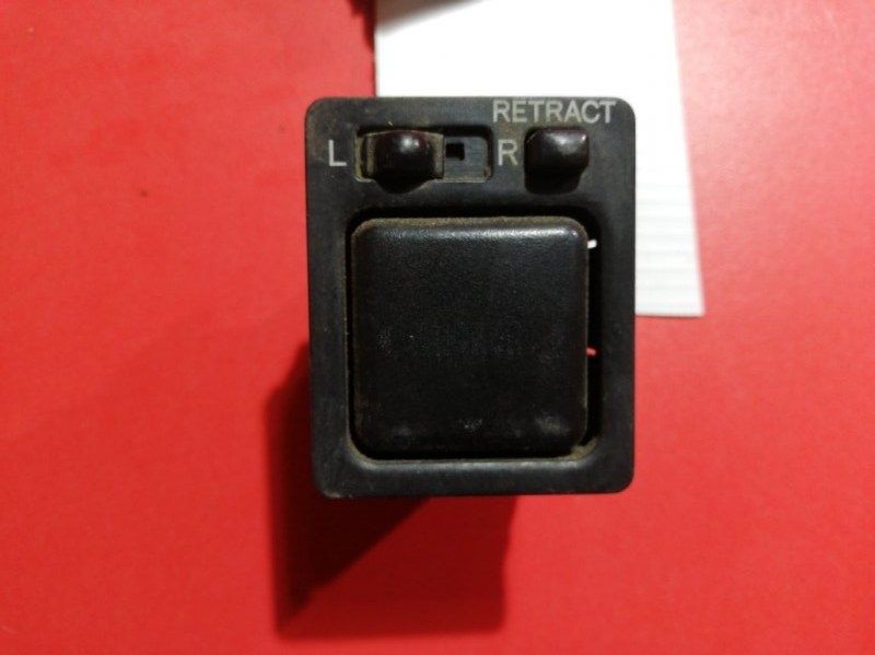 Кнопка регулировки зеркала Toyota Sprinter AE110 2C 1992 (б/у)