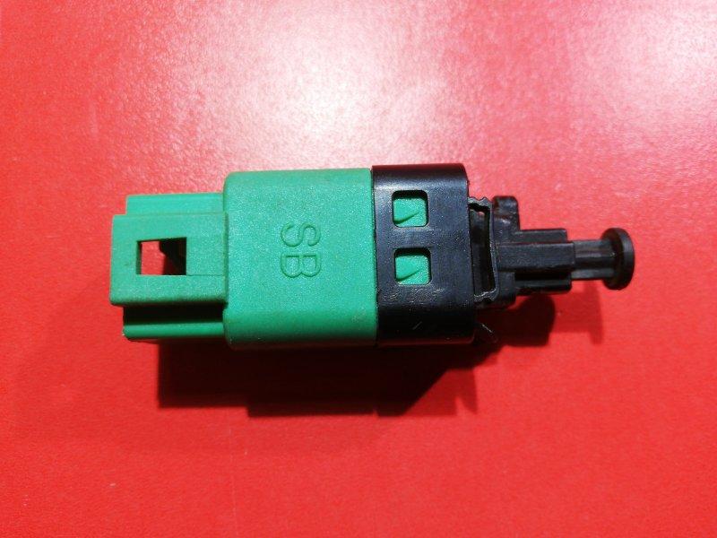Датчик включения стоп-сигнала Chevrolet Aveo T250 F14D3 2007 (б/у)