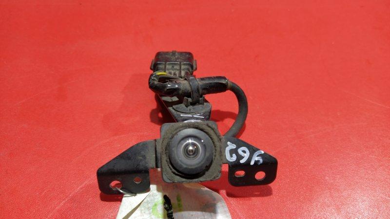 Камера передняя Nissan Patrol Y62 VK56DE 2010 передняя (б/у)