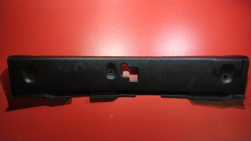 Накладка на замок багажника Nissan Primera P12 F9Q 2001 задняя (б/у)