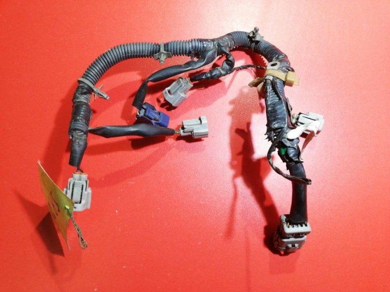 Проводка топливных форсунок Nissan Wingroad VFY11 QG13-DE 1999 (б/у)