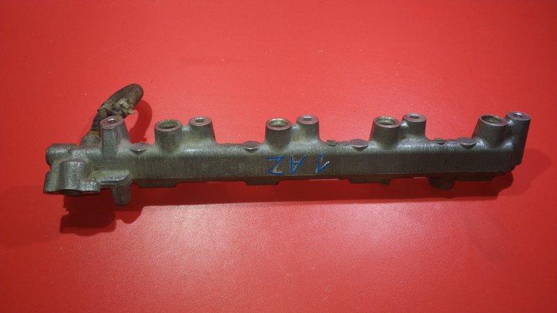 Рейка топливная Toyota Opa ACN10 1AZ-FSE 2000 (б/у)