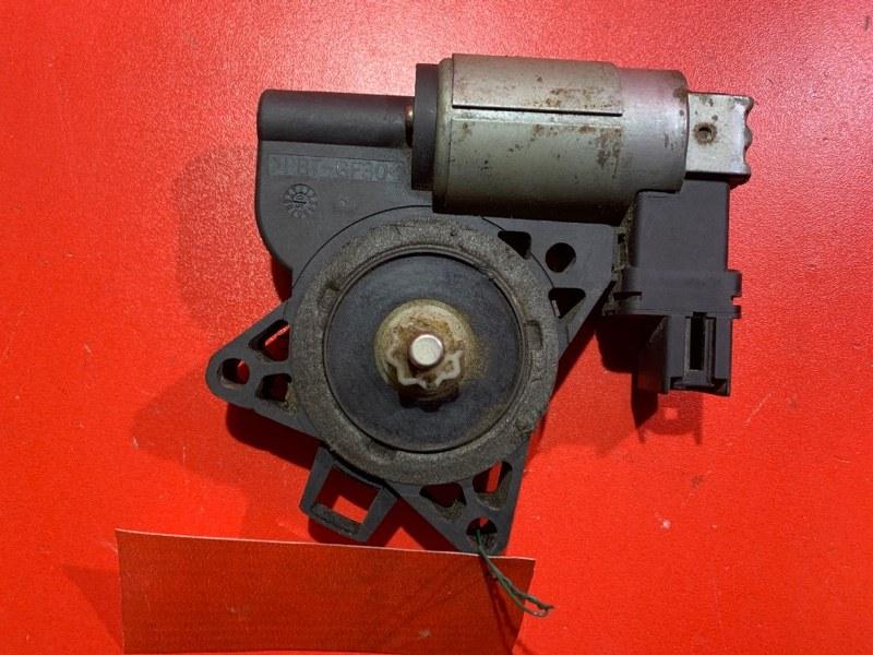 Моторчик стеклоподъемника Mazda Demio DY3R ZL 1996 задний правый (б/у)