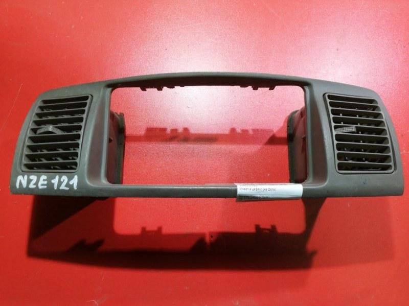 Дефлектор Toyota Corolla Fielder CE121G 1NZ-FE 2000 передний (б/у)