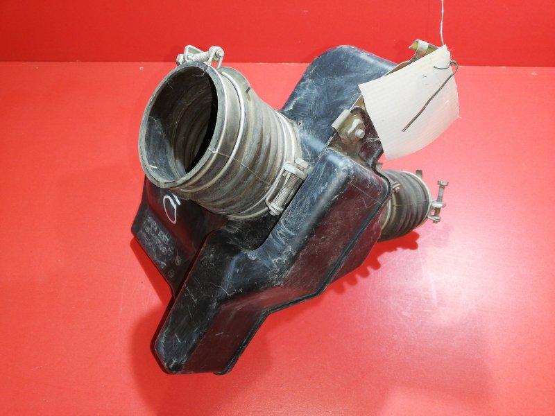 Патрубок воздушного фильтра Toyota Estima MCR30 1MZFE 2000 (б/у)
