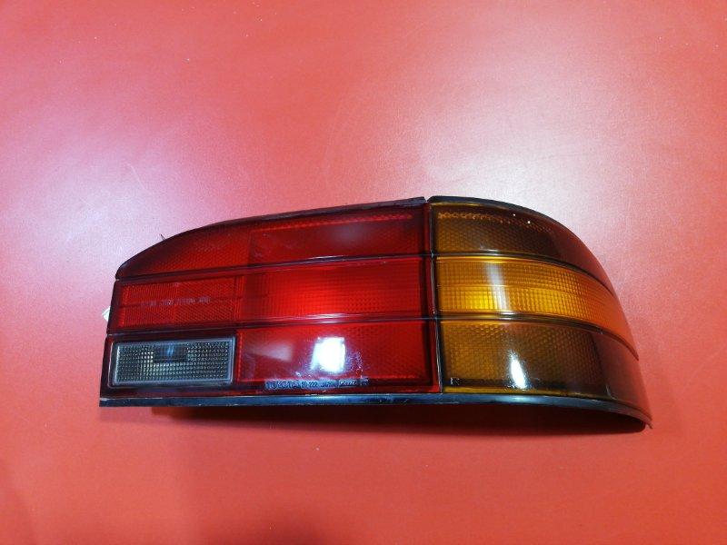 Фонарь Toyota Carina CT170 2C 1988 задний правый (б/у)