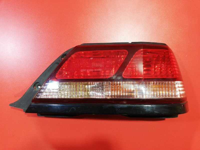 Фонарь Toyota Cresta GX100 1G-FE 1998 задний правый (б/у)