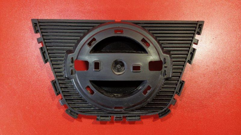 Решетка радиатора Nissan Qashqai J10 HR16DE 2006 передняя (б/у)