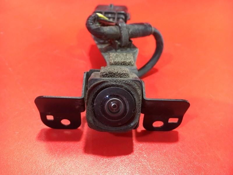 Камера переднего вида Infiniti Qx56 JA60 VK56DE 2003 передняя (б/у)