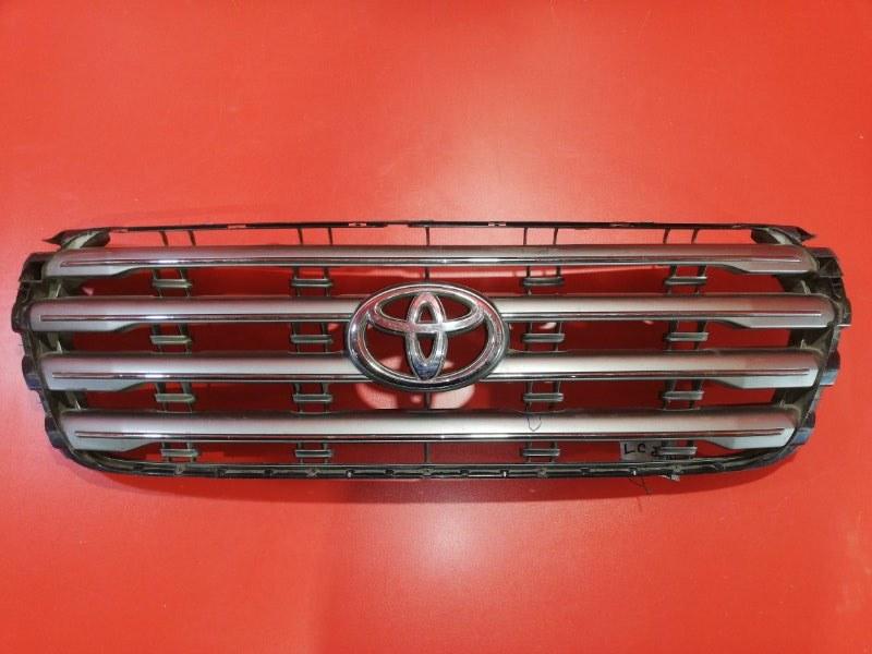 Решетка радиатора Toyota Land Cruiser VDJ200 1VD-FTV 2007 передняя (б/у)