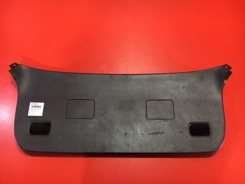 Обшивка двери багажника Chevrolet Cruze J305 Z20D1 2008 задняя (б/у)