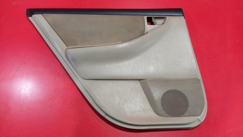 Обшивка двери Toyota Corolla Fielder CE121G 1NZ-FE 2000 задняя левая (б/у)