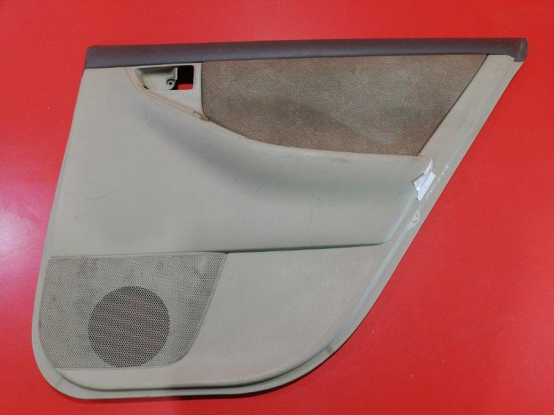 Обшивка двери Toyota Corolla Fielder NZE124G 1NZ-FE 2000 задняя правая (б/у)