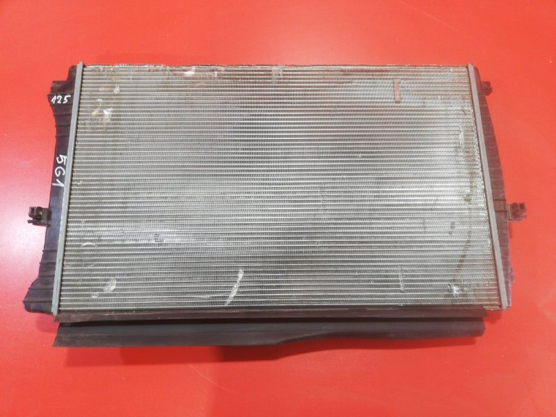 Радиатор двс Volkswagen Golf 5G1 CXDA 2012 (б/у)