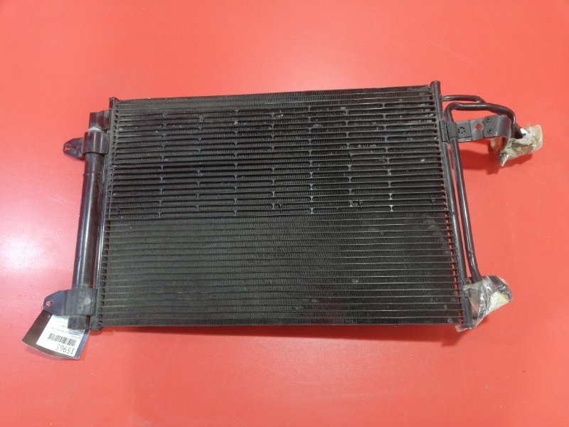 Радиатор кондиционера Volkswagen Golf V 1K1 AXW 2003 (б/у)