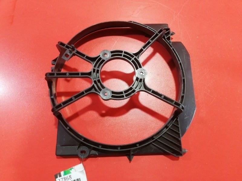Диффузор радиатора Honda Domani MB5 D15B 1997 (б/у)