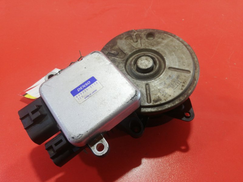 Мотор вентилятора охлаждения Mitsubishi Pajero Io H66W 4G93 1998 (б/у)