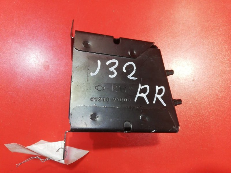 Кронштейн усилителя заднего бампера Nissan Teana J32 VQ25DE 2008 правый (б/у)
